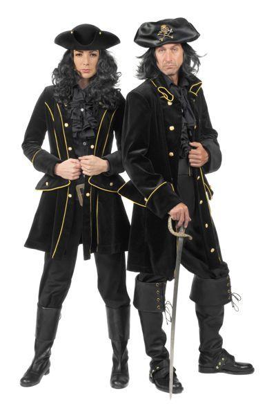kostuums compleet voor piraten en VOC-lieden