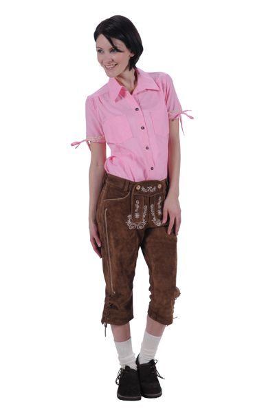 lederhose bruin met rood geblokte bloude apres ski-tenue