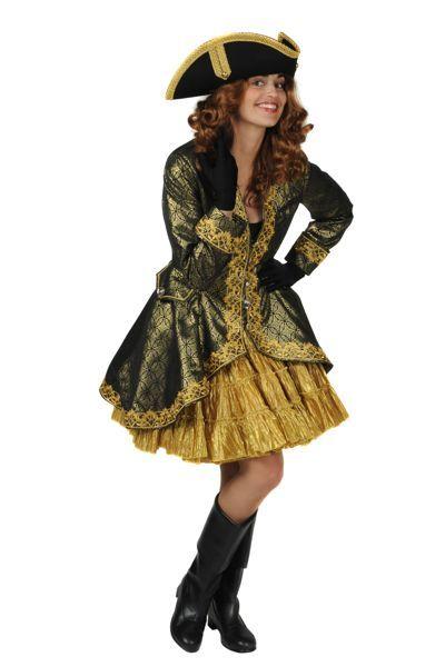 Mooie vrouwelijke piratenverkleedkleding met goudkleurige jurk